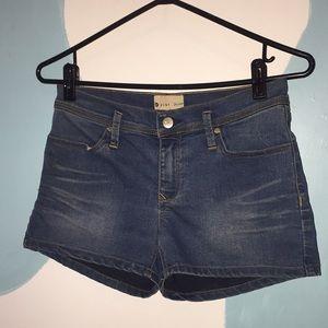 Roxy Denim size 3 26 Shorts